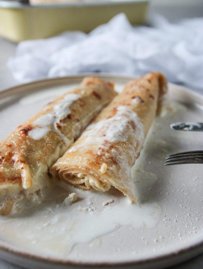 ugnsgratinerade pannkakor med färskost