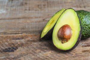 doorgesneden avocado