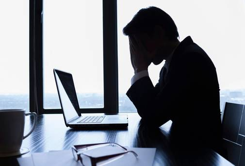 Research reveals that most lawyers struggle financially