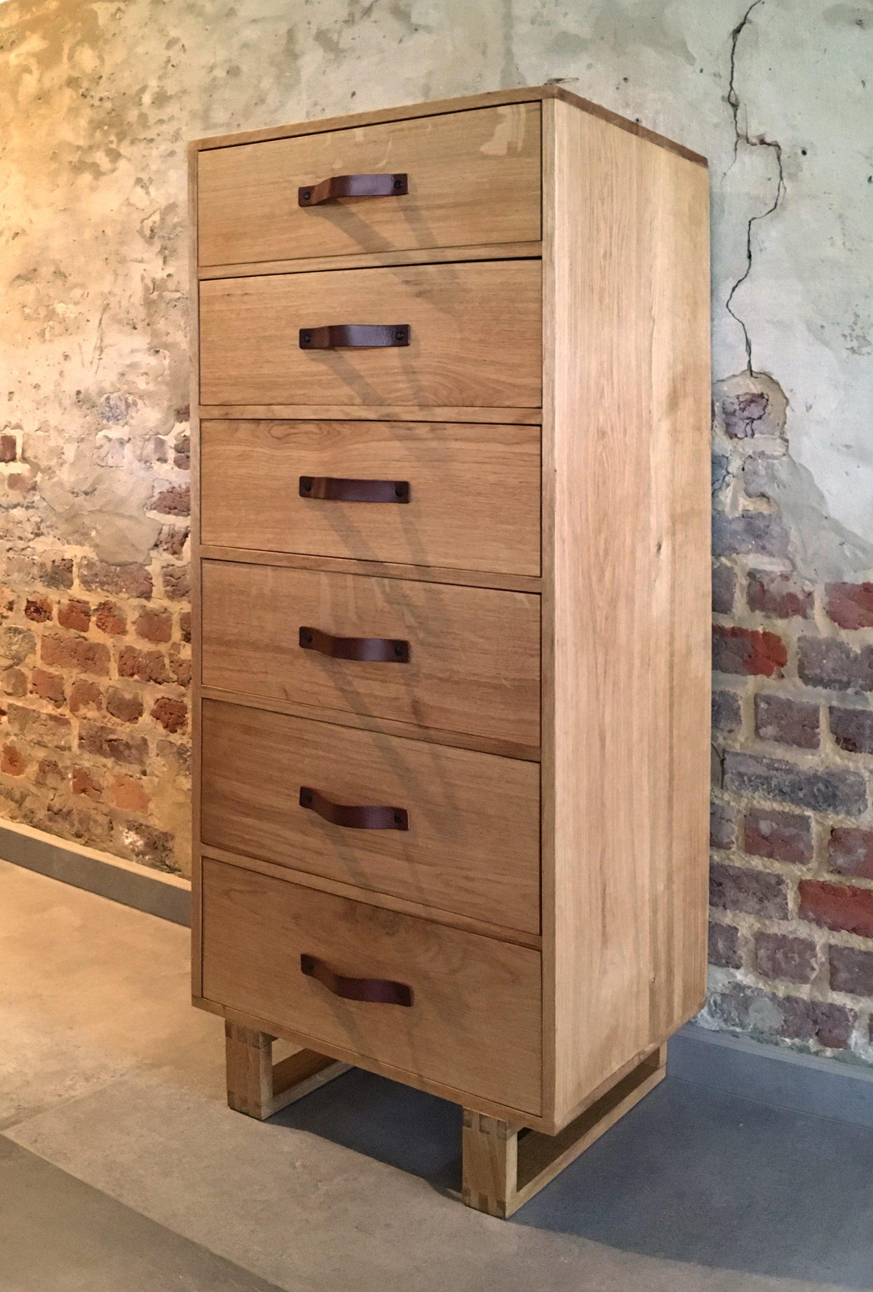 Chiffonnier, meuble à tiroirs