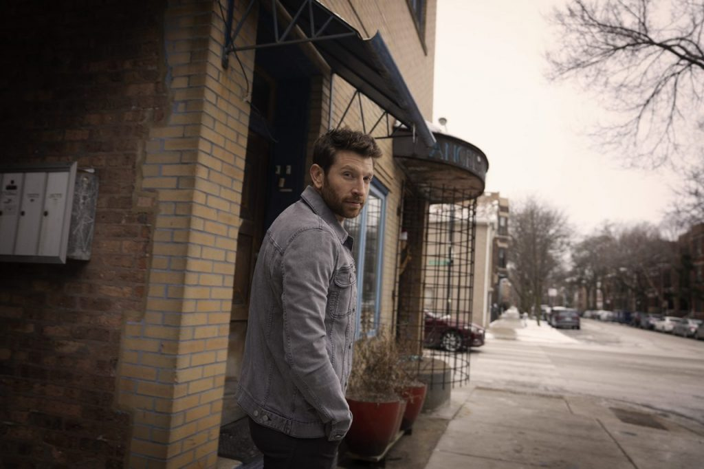 Country: Brett Eldredge Drops Three New Tracks, Announces 'Sunday Drive' Album