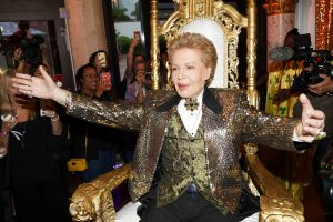 High Camp Astrologer Walter Mercado Stars in Documentary 'Mucho Mucho Amor: The Legend of Walter Mercado'