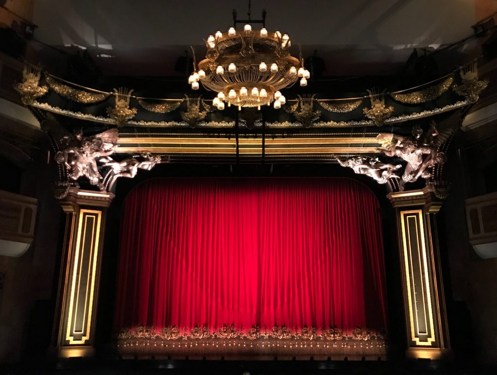 5 Great Jobs You Can Get With a Theatre Degree