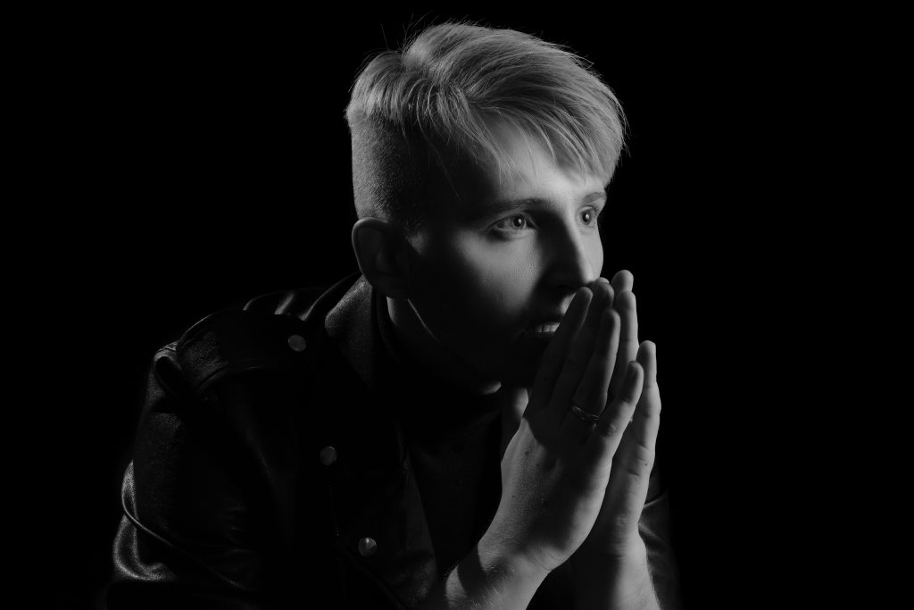 Queer German Rising Talent MKSM Returns With Soulful New Track 'Collide'