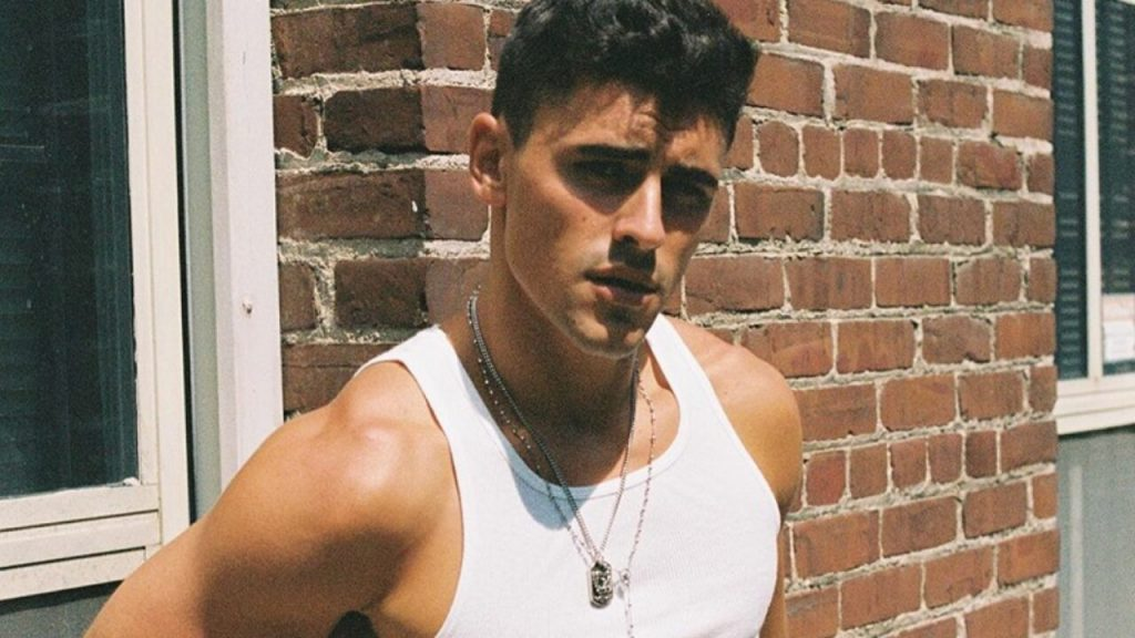 American Rising Talent Jack Gilinsky Releases R&B-Pop Single 'Lose Somebody'