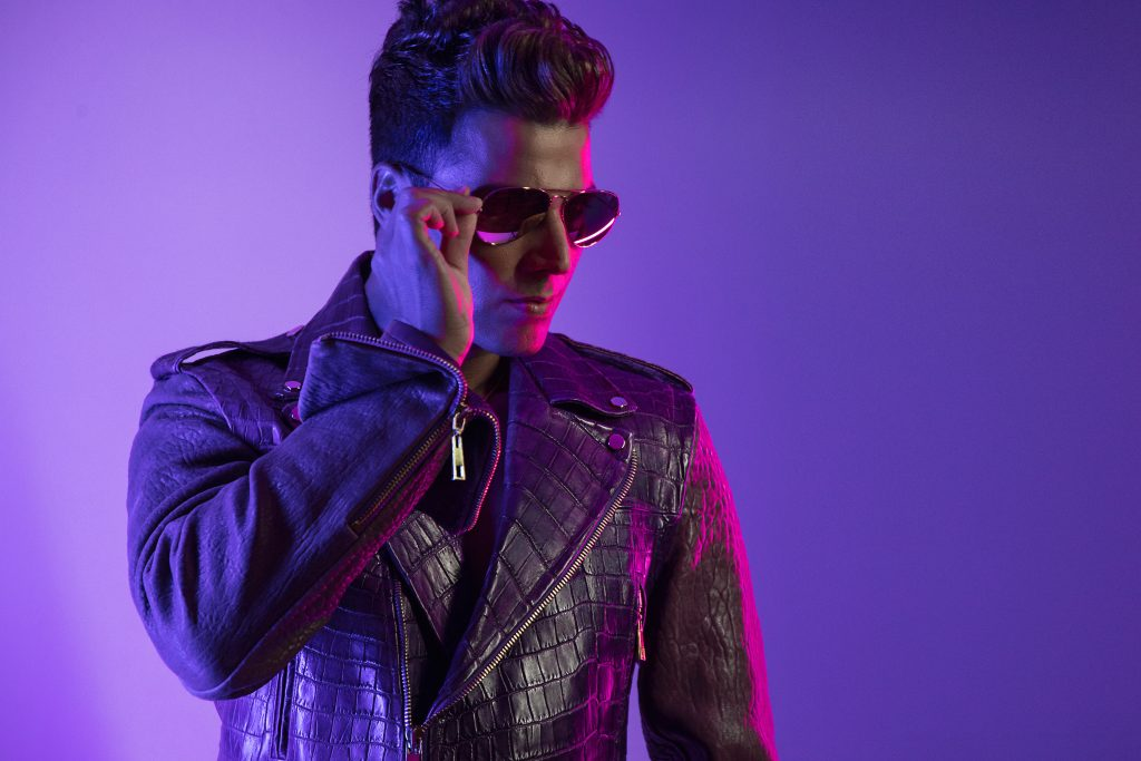 Kfir Drops New Ballroom Inspired Dance Anthem 'Fan a Bitch' Featuring SIS