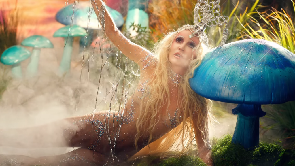 Daphne Guinness and David LaChapelle Serve an Opulent Fantasy in the Video for Elegant Single 'Heaven'