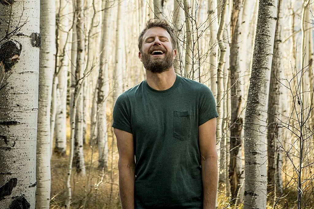 Country Star Dierks Bentley Debuts New Era With Contemplative Radio-Friendly Single 'Gone'