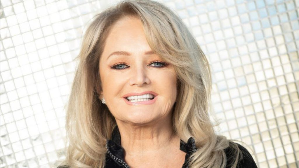 Bonnie Tyler Unveils New Album 'The Best Is Yet to Come' for 2021, Single 'When the Lights Go Down'