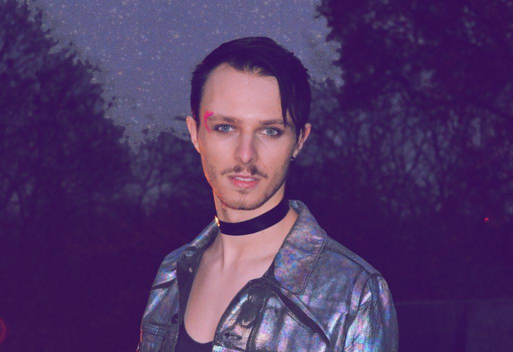 German Queer Pop Talent NEYON Drops 'Spark' Single, Classic Tracks EP 'Pieces'