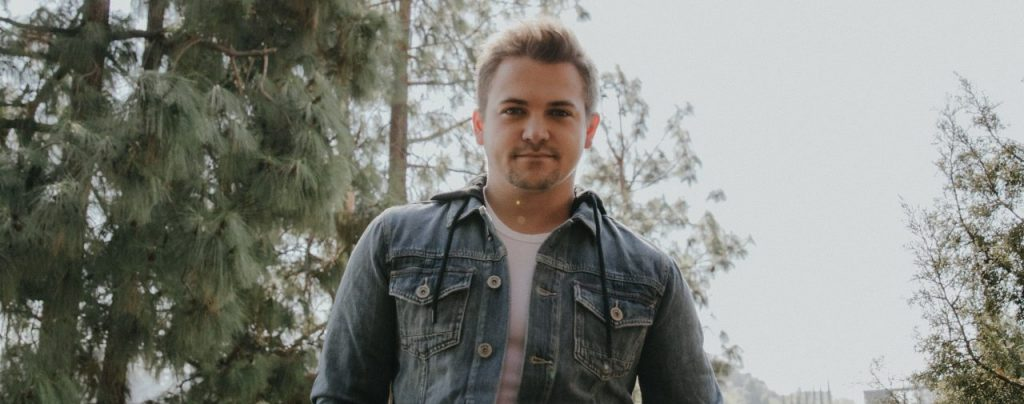 Hunter Hayes Drops Soaring New Single 'The One That Got Away' From 'Red Sky' Album