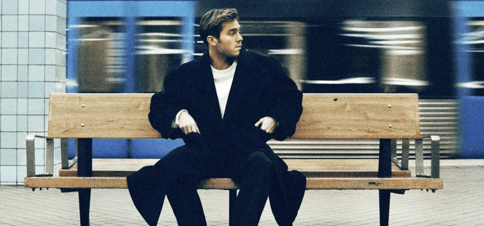 Benjamin Ingrosso Releases 'Flickan på min gata' Ahead of Swedish Album 'En gång i tiden' on Friday