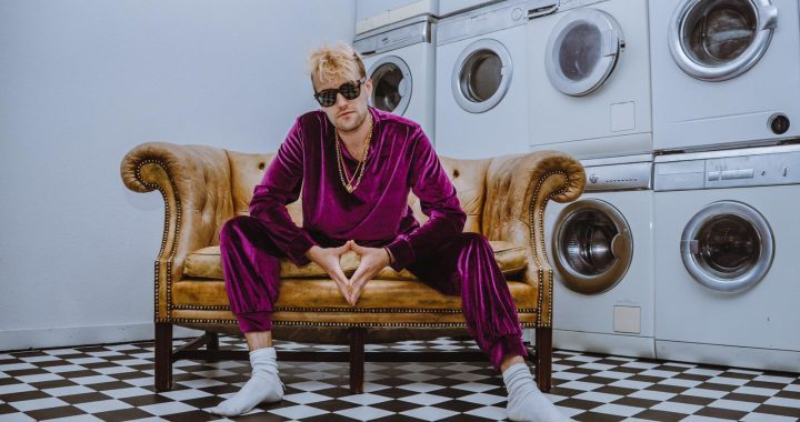 Germany's 2021 Eurovision Entrant Jendrik Releases Quirky Entry 'I Don't Feel Hate'