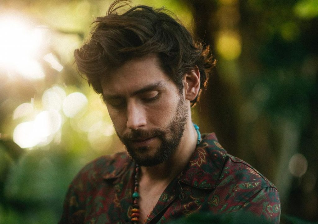 Álvaro Soler Releases New Single 'Magia', Ahead of Album on July 9th
