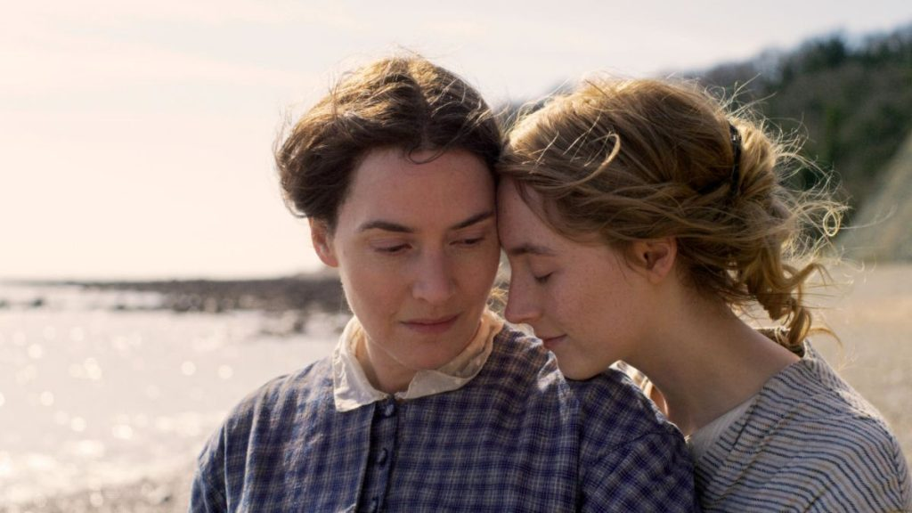 Review: Kate Winslet and Saoirse Ronan Lead Francis Lee's 'Ammonite'
