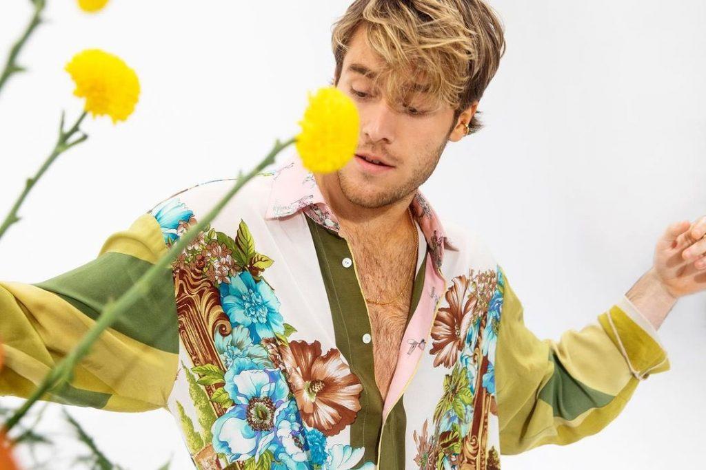Benjamin Ingrosso Releases Live Version of New English Language Single 'Smile'