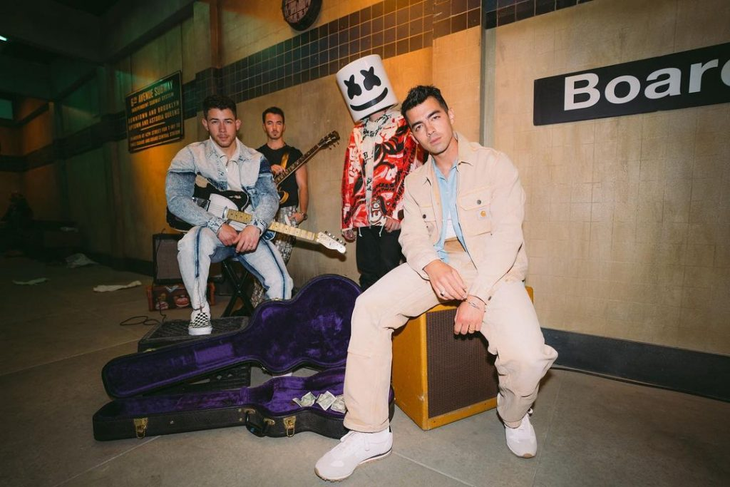 The Jonas Brothers and Marshmello Debut New Pop Hit 'Leave Before You Love Me'