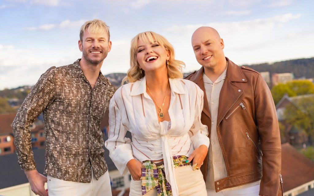 KEiiNO Promise a Hot Summer on New 80s-Flavoured Anthem 'Summer Of My Life'