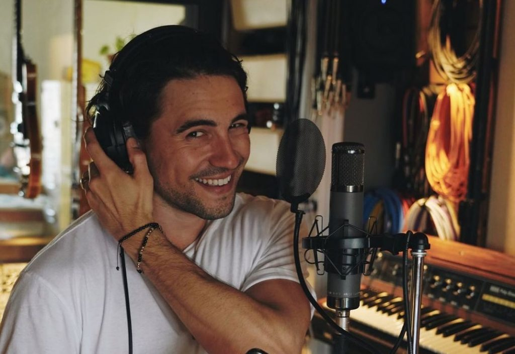 Olivier Dion Releases New French Language Track the Breezy, Uplifting 'Rendez-vous'