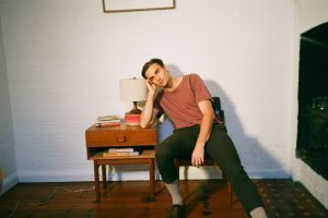Emerging Talent Nicholas Cummins Reveals His Distinctive Voice On Breezy 'I Leave You This Way'