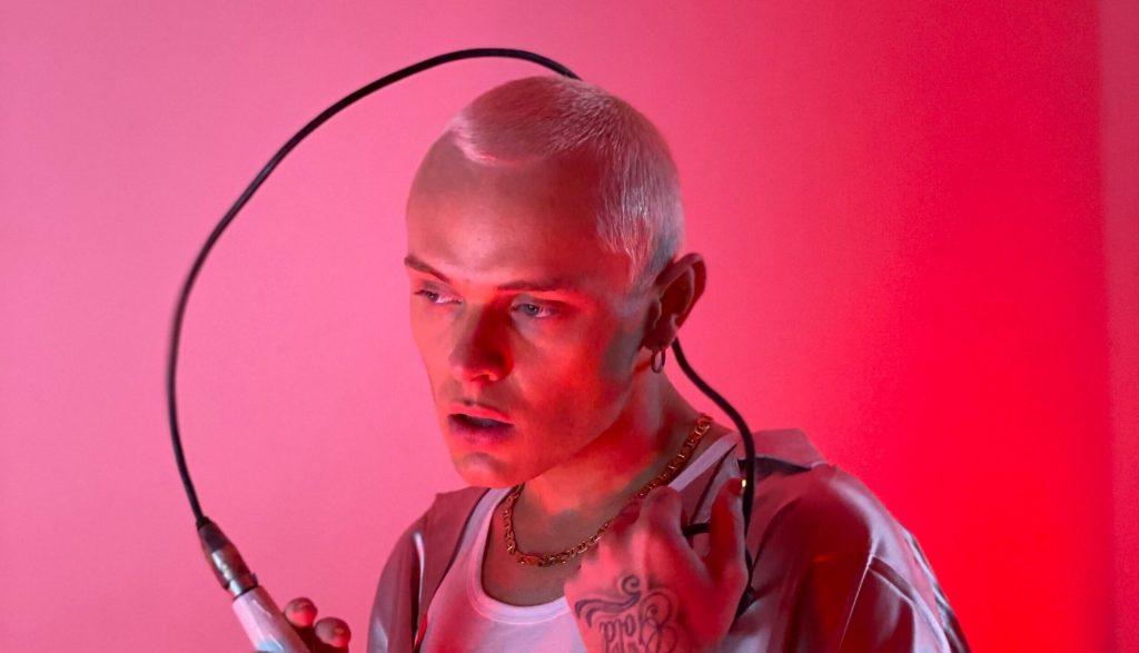 Rising British Singer-Songwriter DANIEL Drops Anthemic Slice of Pop Music 'Love Pill'