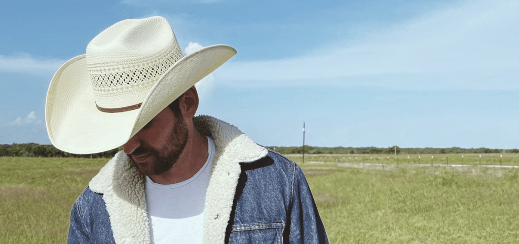 Cameron Hawthorn Turns Hopeless Romantic on Country Anthem 'Love at First Sight'