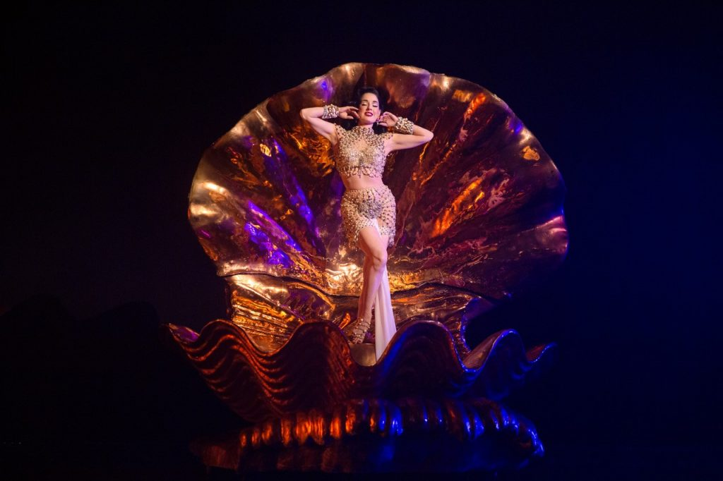 Dita Von Teese Brings 'Night Of The Teese – A Cinematic Special' to Streaming Platform Driift