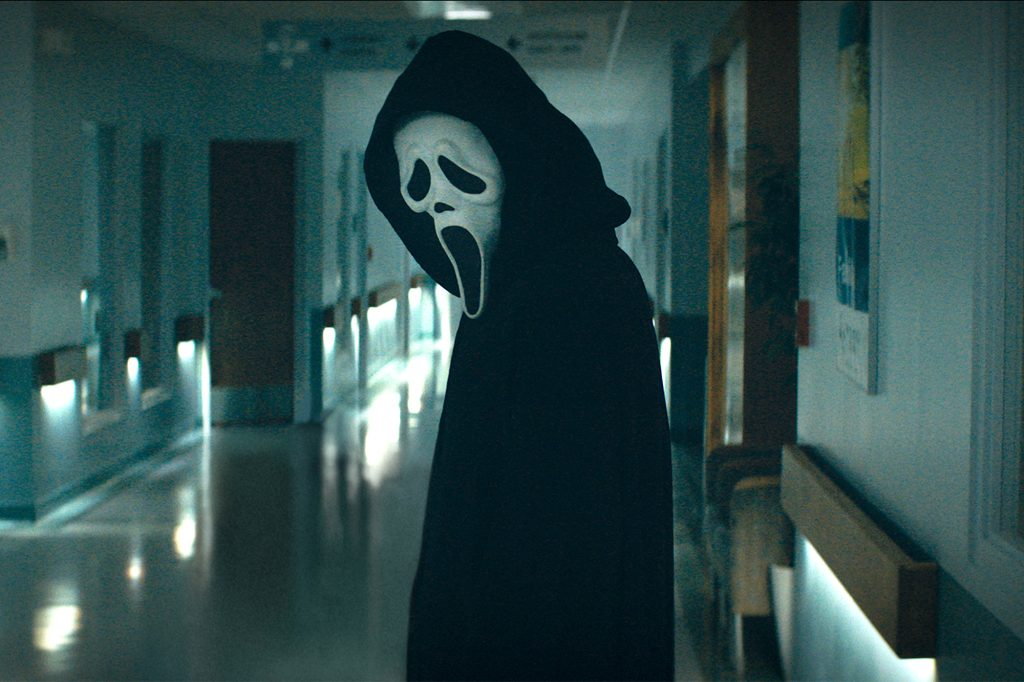 'Scream' is Back! Courtney Cox, David Arquette and Neve Campbell Reunite in the Trailer for Horror Sequel