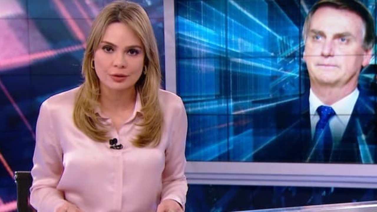 Rachel Sheherazade é entrevistada por Leo Dias