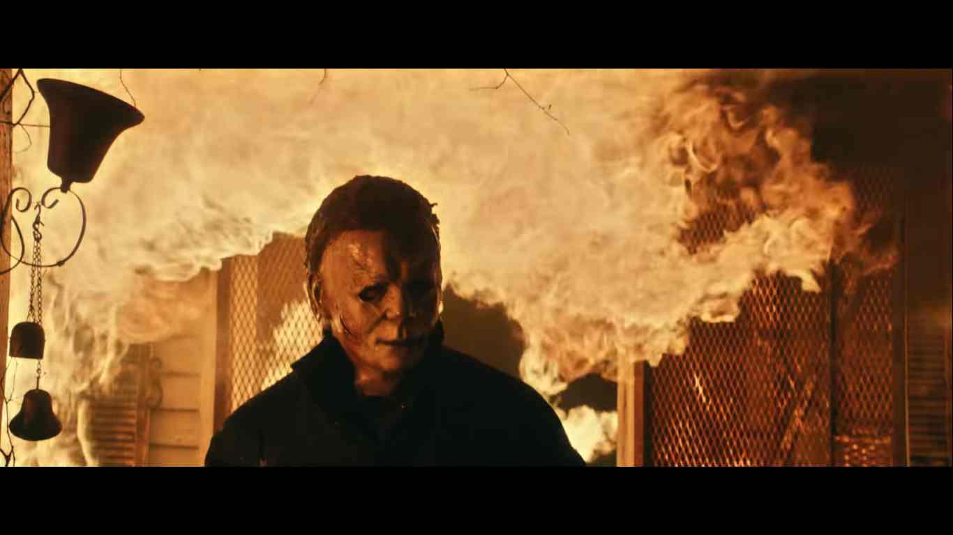 Halloween Kills: O Terror Continua, sequência direta de Halloween (2018) teve um novo trailer divulgado na noite de ontem (24).