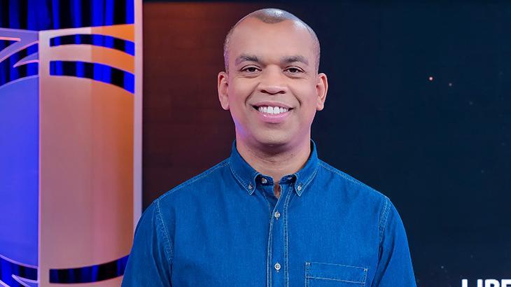 Luiz Alano vai apresentar programa