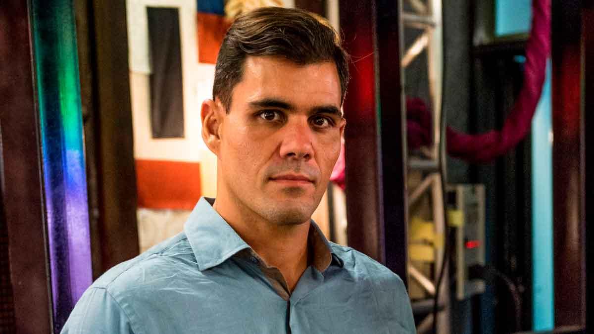 Juliano-Cazarré-polêmica-vacina-Leo-Dias
