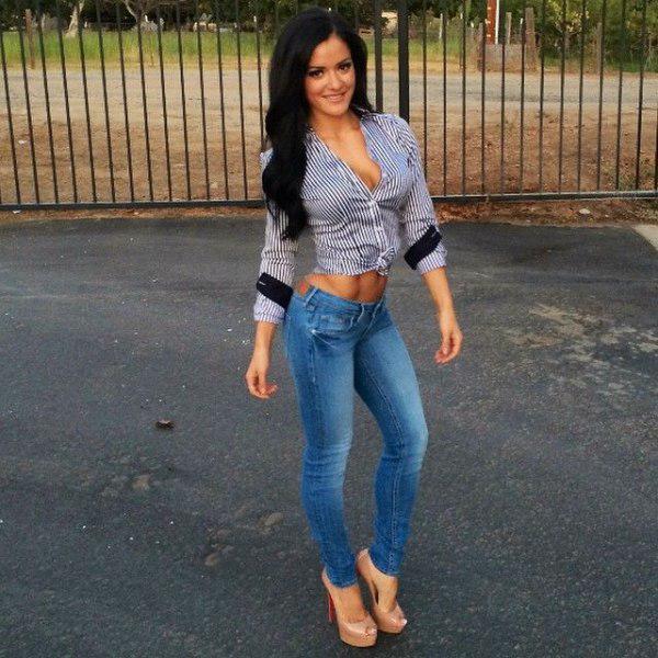 42 hete babes in strakke jeans » DailyBase.NL The Good Life.