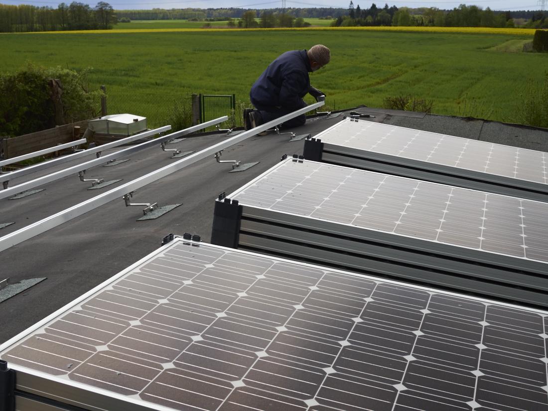 photovoltaic, solar am aufbau am dakotahome