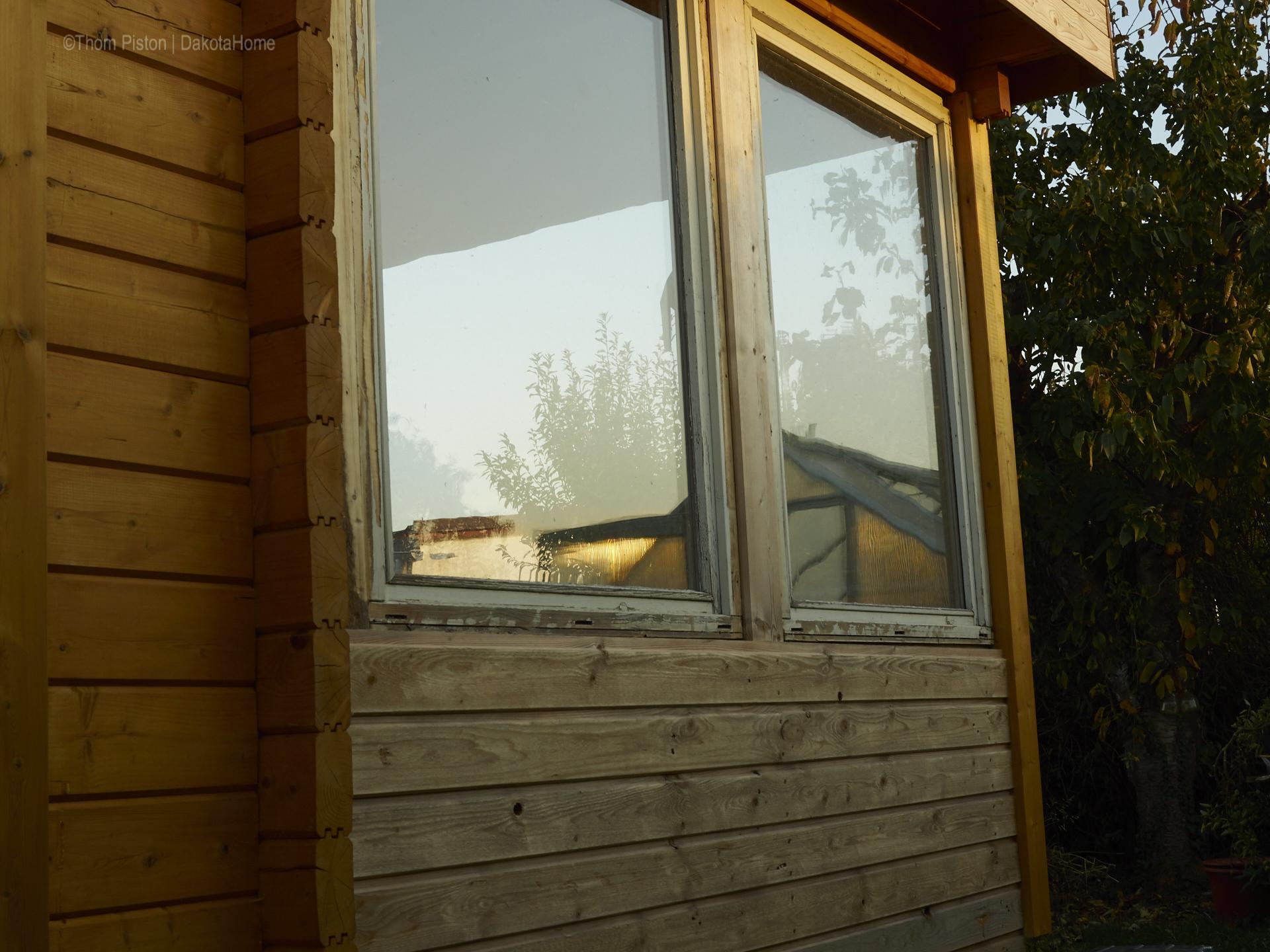 Ponderosa , Terasse, Wetterseite Gestell mit zwei Fenstern vekleidet aussen