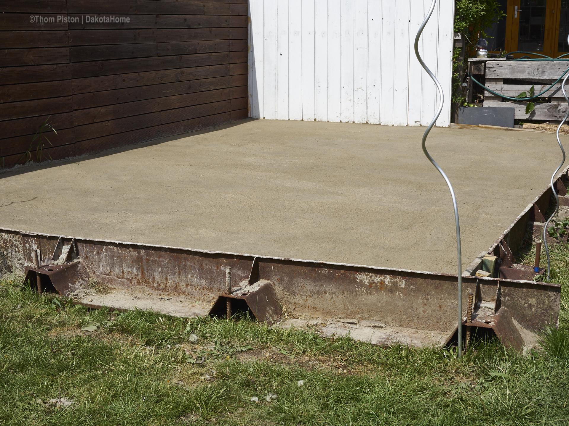 ..über 2 Tonnen Muttererde, bisschen Beton und anderes