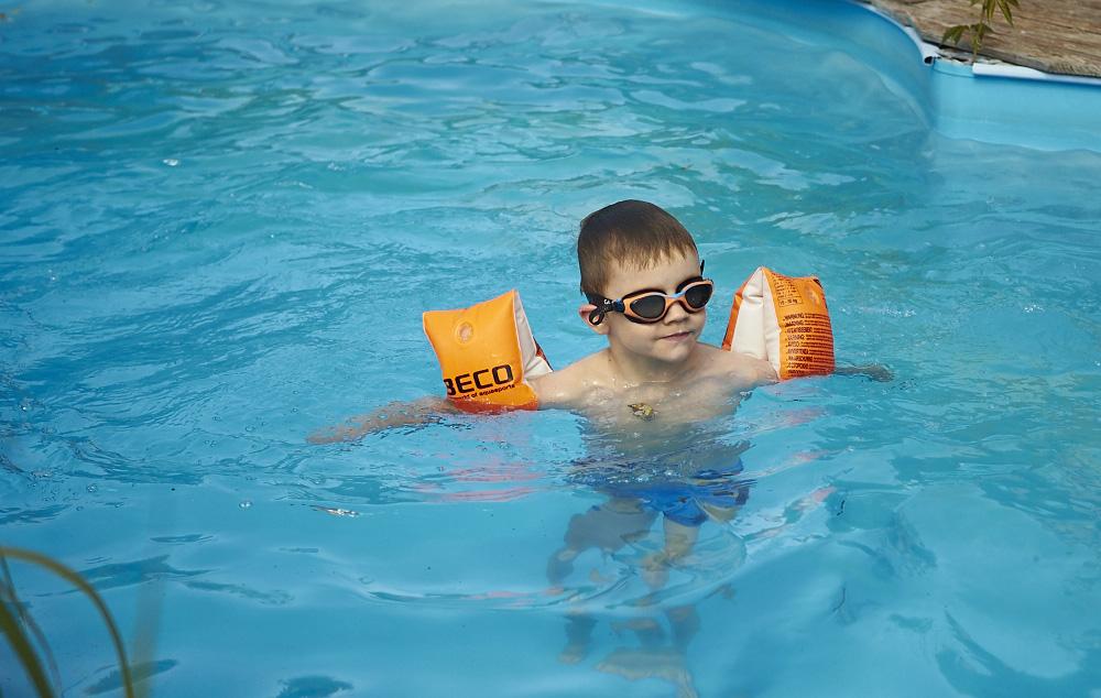 neuer Tag...warm..der pool hat so seine anziehungskräfte...