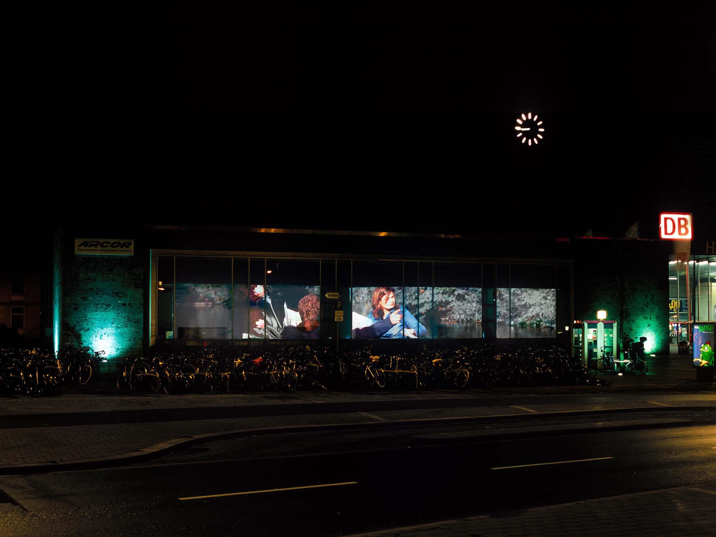 2003_Derby_Bahnhof