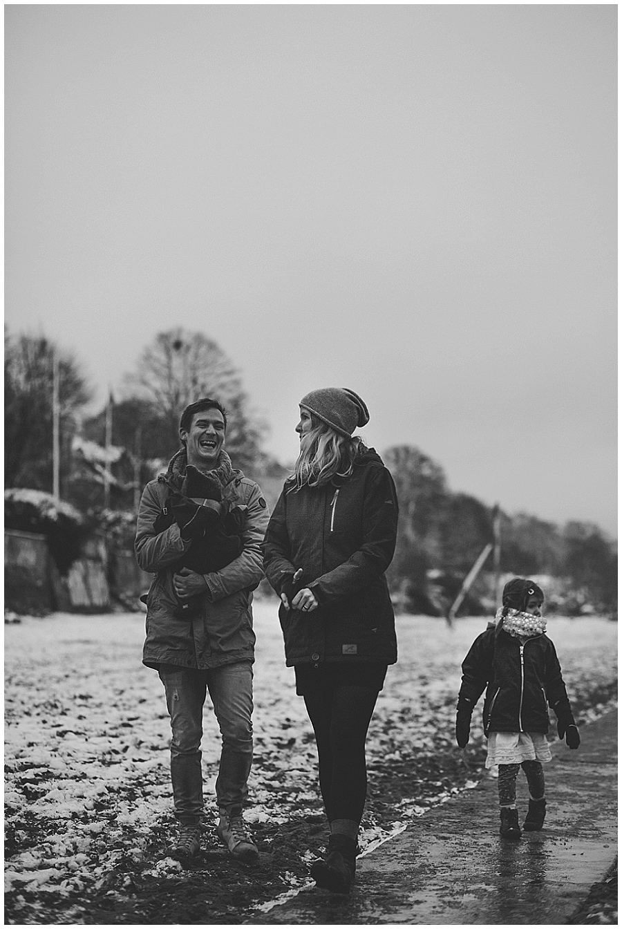 schneezauber-am-elbufer-familienfotografie-daniel-zube_0053.jpg