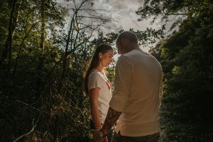 Engagementshoot in der Heide