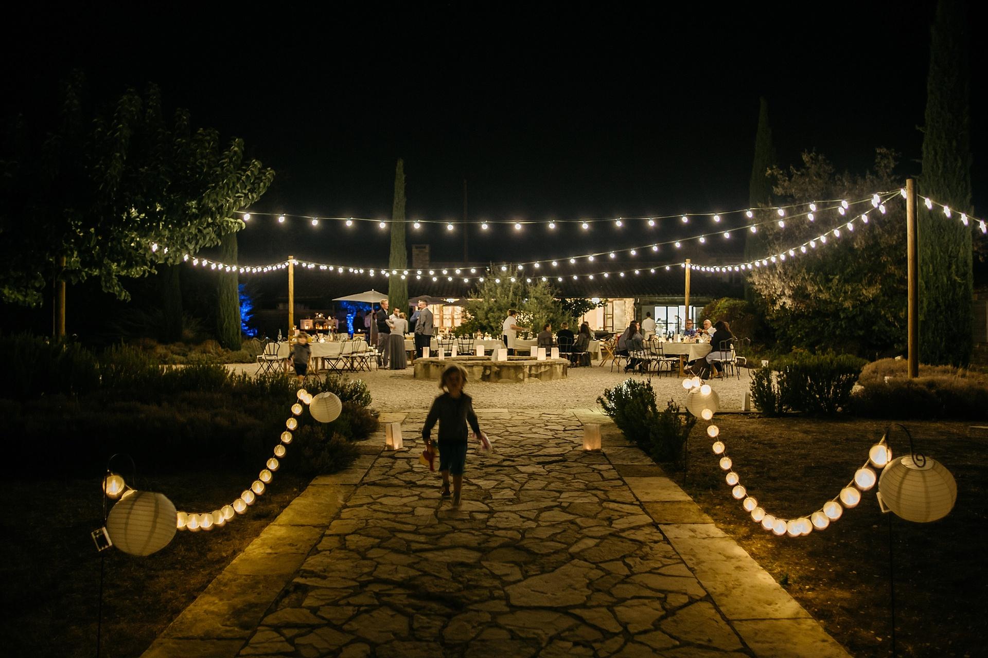 Traumhafte Hochzeit in der Provence. Hameau de Cournille
