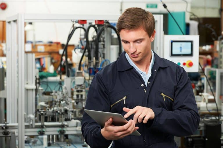 Future-proofing A&D manufacturing for Industry 4.0