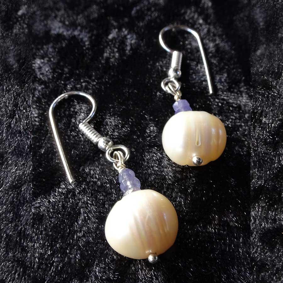 Earrings: Off White Pearl And Tanzanite 925 Silver Earrings