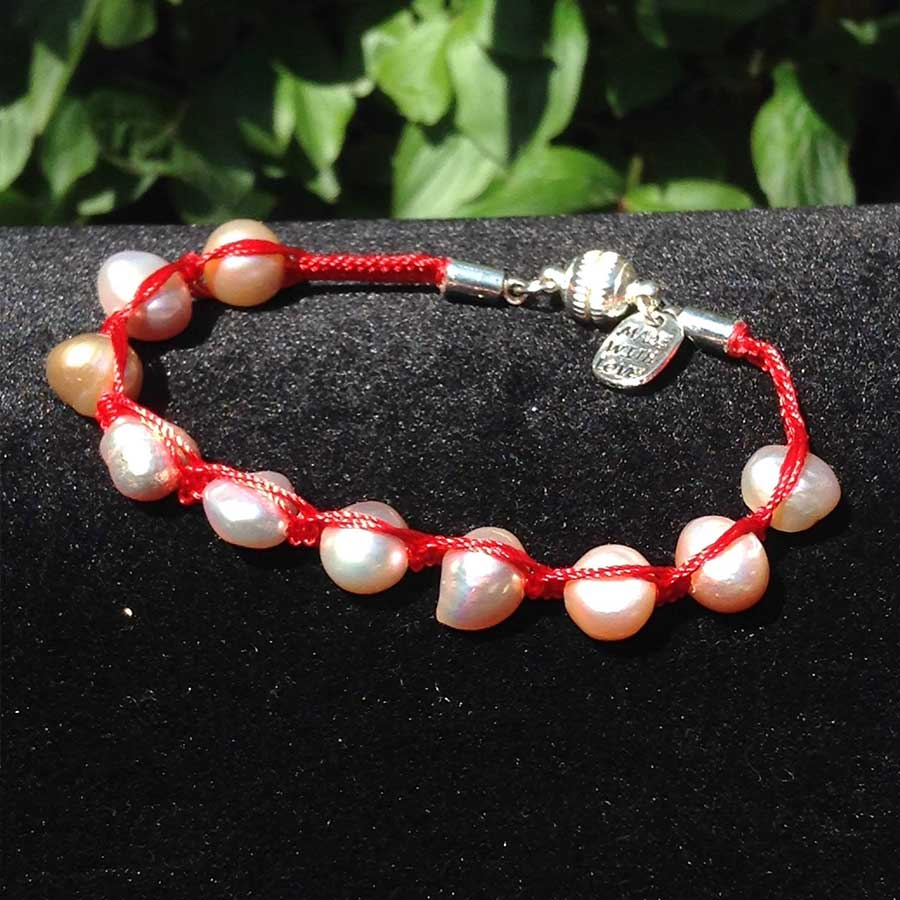 Bracelet: Pink Pearl Macrame Bracelet With 925 Magnetic Clasp