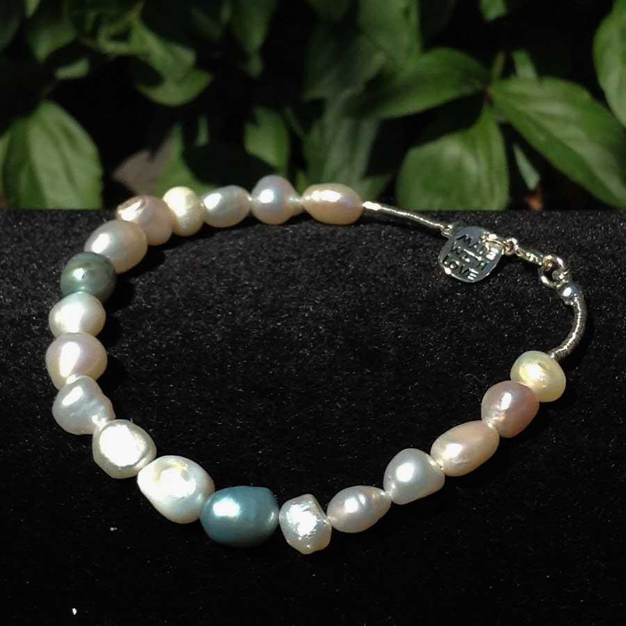 Bracelet: Blue, Silver & White Pearl Bracelet With 925 Clasp
