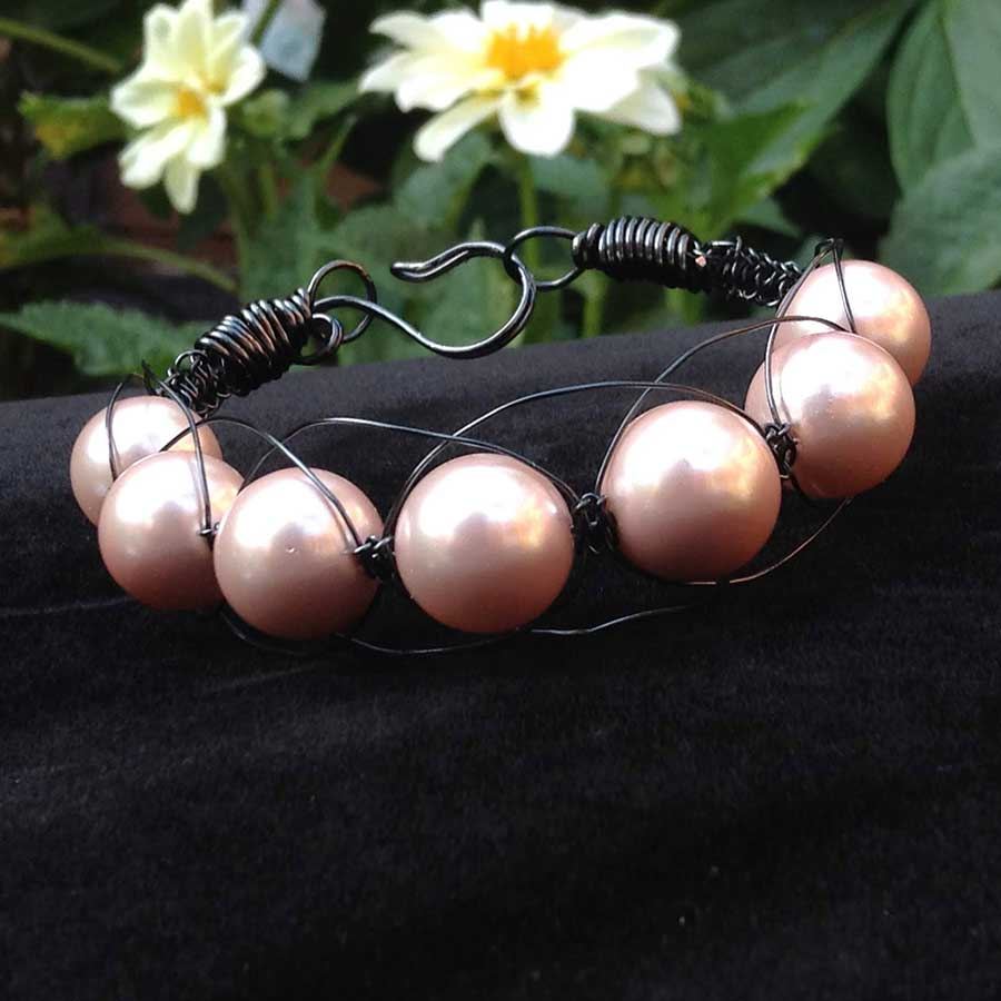 Bracelet: Pink Shell Pearl With Black Wire Macrame Bracelet