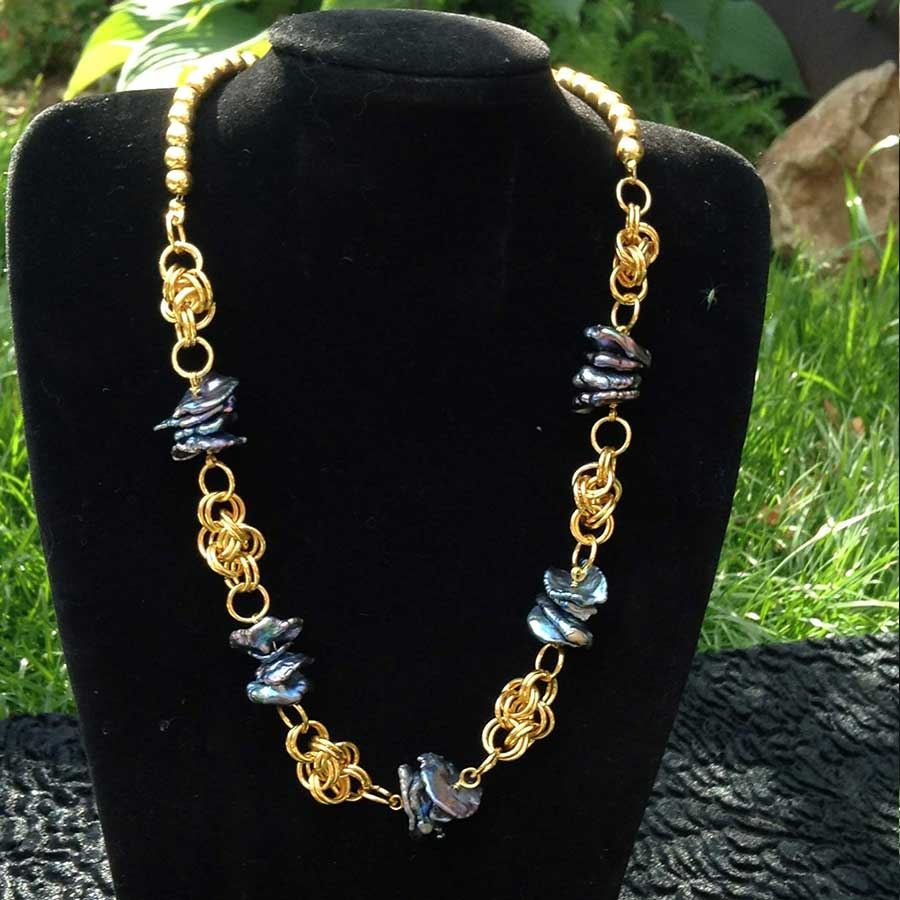 Necklace: Peacock Keshi Pearl With Gold Chainmaille Necklace