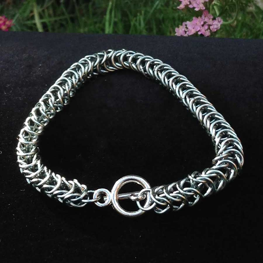 Non Gemstone: Chainmaille Bracelet In Steel Plated Wire