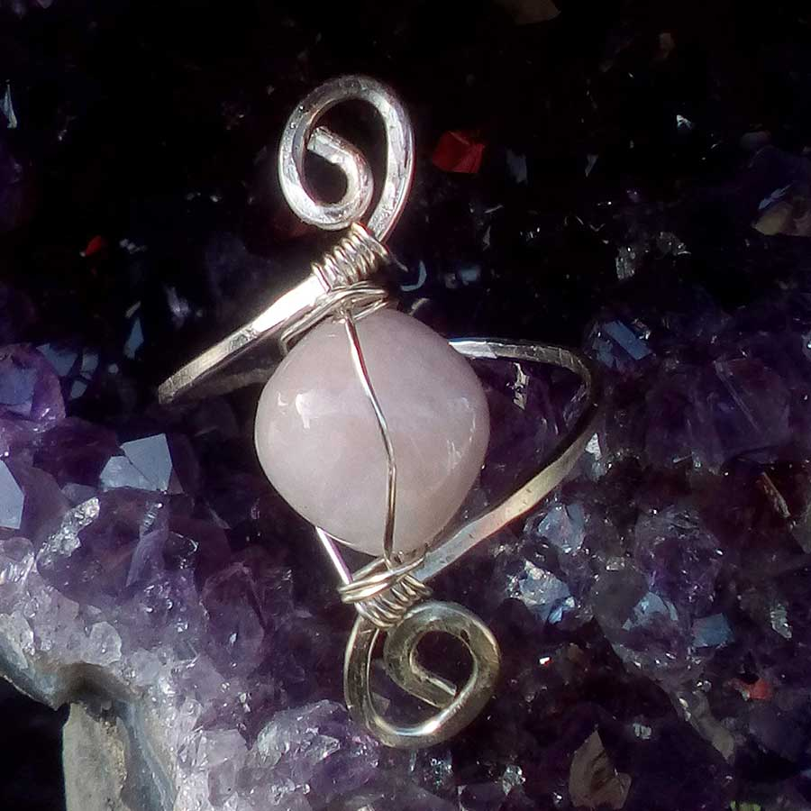 Ring: Kunzite Wire Wrapped Ring In 925 Silver