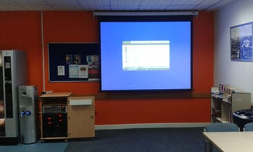 av installation stockport